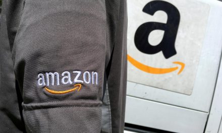 Amazon cuts ties with top Washington lobbying firms: Bloomberg