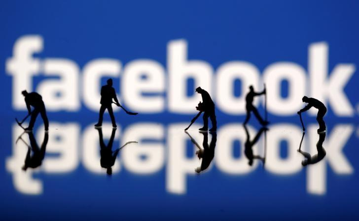 Wall Street much quicker to applaud Facebook than criticize it