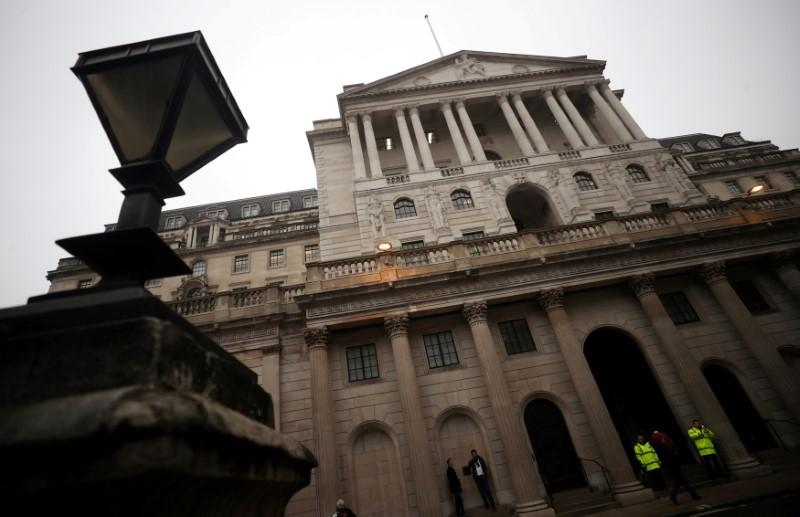 UK banks told to show their backup plans for tech shutdowns